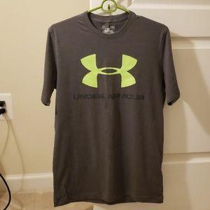 Men's UA T-shirt
